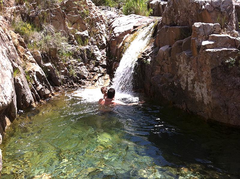 Bany al gorg de la Vall de Castellfollit